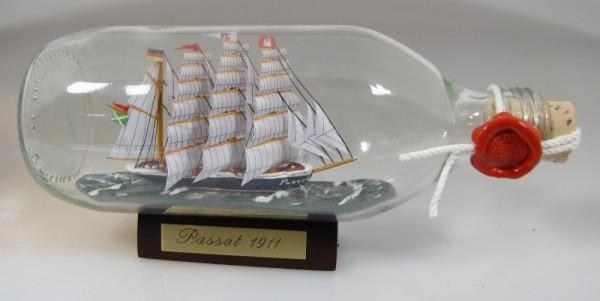 Passat runde Flasche 0,3 Liter Buddelschiff Flaschenschiff