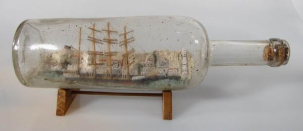 Altes Buddelschiff mit schöner Landschaft um 1900, ca. 27 cm