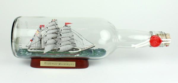 Rickmer Rickmers 700 ml runde Flasche Buddelschiff Flaschenschiff