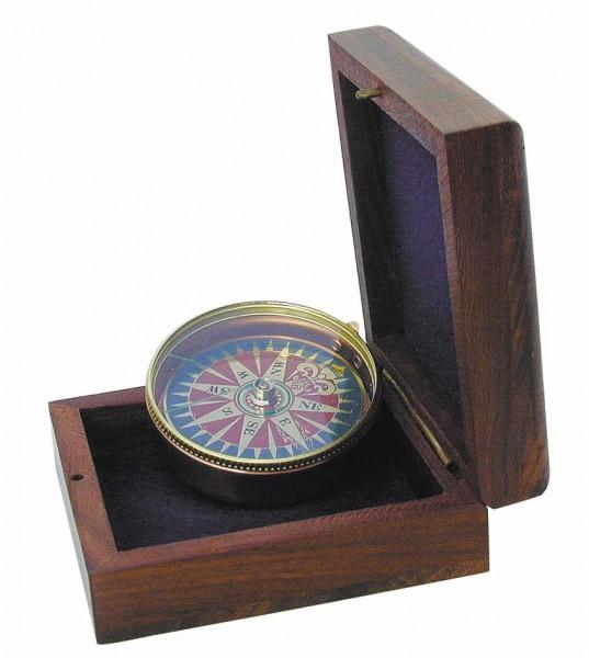 Kompass mit Windrosenblatt und Holzbox