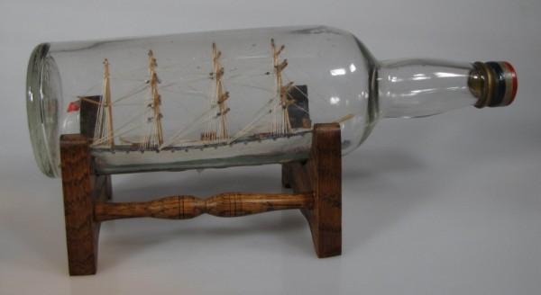 Altes Buddelschiff 4-Mast Bark aus England, um 1920, ca. 29x8 cm