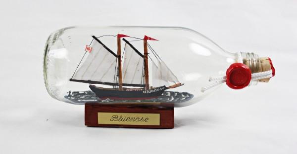Bluenose Schoner runde Flasche 0,3 Liter Buddelschiff Flaschenschiff
