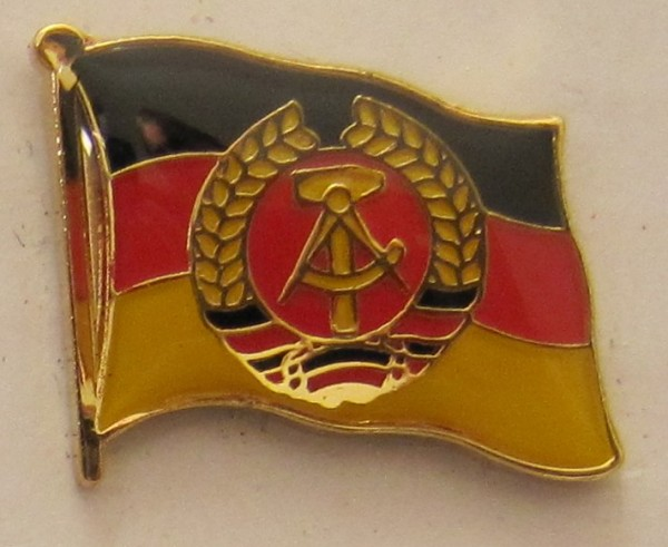 Pin Anstecker Flagge Fahne DDR Nationalflagge Flaggenpin Button Badge Flaggen Clip Anstecknadel