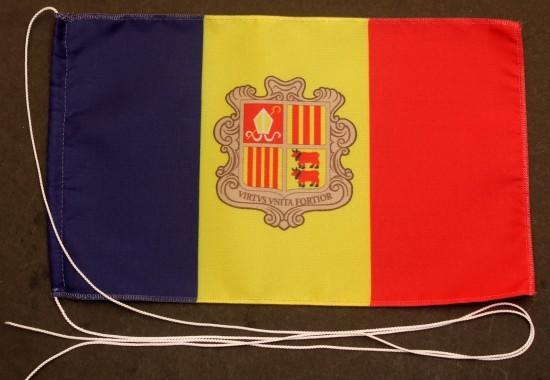 Tischflagge Andorra 25x15 cm optional mit Holz- oder Chromständer Tischfahne Tischfähnchen