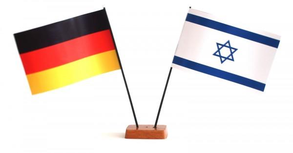 Mini Tischflagge Israel 9x14 cm Höhe 20 cm mit Gratis-Bonusflagge und Holzsockel Tischfähnchen