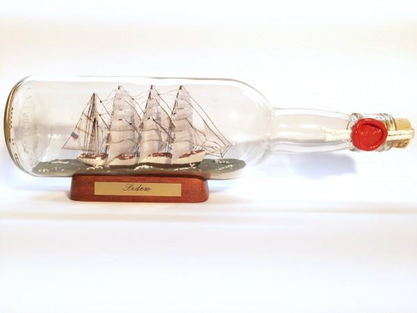 Sedov 700 ml runde Flasche Buddelschiff Museumsqualität