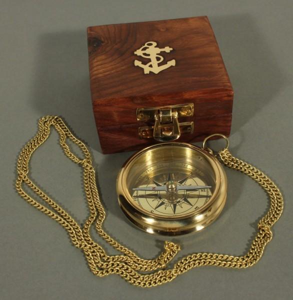 Kompass Messing mit Kette und Holzbox