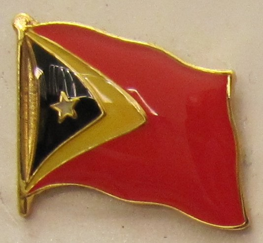 Timor Leste Pin Anstecker Flagge Fahne Nationalflagge