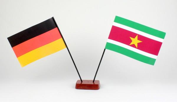 Mini Tischflagge Suriname 9x14 cm Höhe 20 cm mit Gratis-Bonusflagge und Holzsockel Tischfähnchen