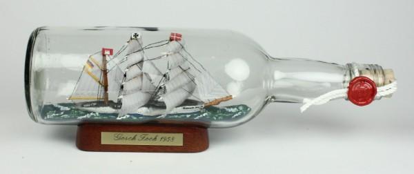 Gorch Fock 700 ml runde Flasche Buddelschiff Flaschenschiff