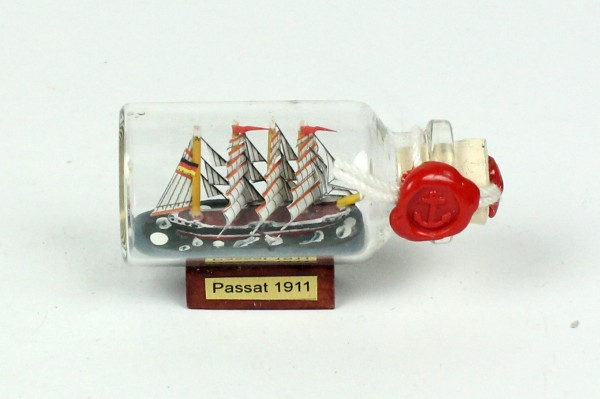 Passat Mini Buddelschiff 10 ml 5x2 cm Flaschenschiff