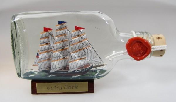 Cutty Sark Buddelschiff Flachmann 0,1 Liter ca. 13x7 cm Buddelschiff Flaschenschiff