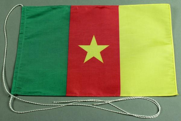 Tischflagge Kamerun 25x15 cm optional mit Holz- oder Chromständer Tischfahne Tischfähnchen