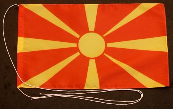 Tischflagge Mazedonien 25x15 cm optional mit Holz- oder Chromständer Tischfahne Tischfähnchen