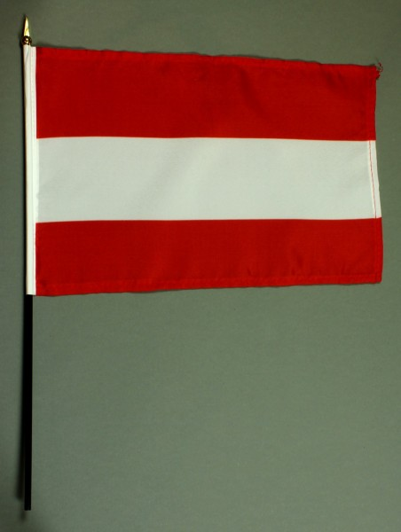 Tischflagge Österreich 20x30 cm optional mit Tischflaggenständer aus Mahagoni Holz