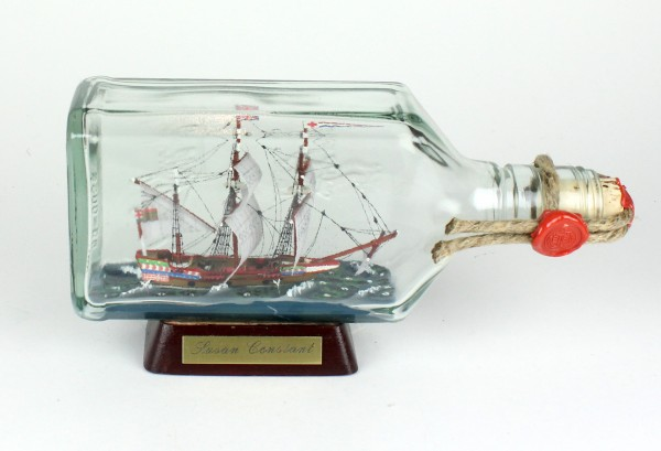 Susan Constant USA eckige Ginflasche 0,375 Liter Buddelschiff Museumsqualität