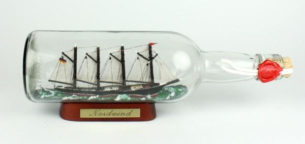 Nordwind 700 ml runde Flasche Buddelschiff Flaschenschiff