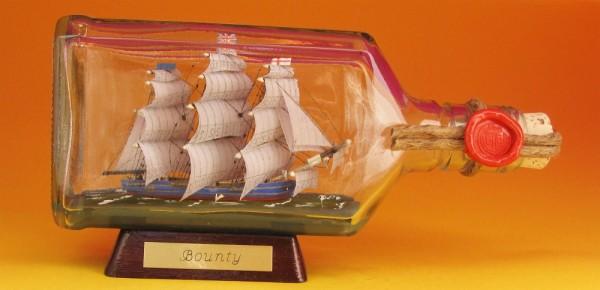 Bounty 375 ml eckige Ginflasche Buddelschiff Museumsqualität
