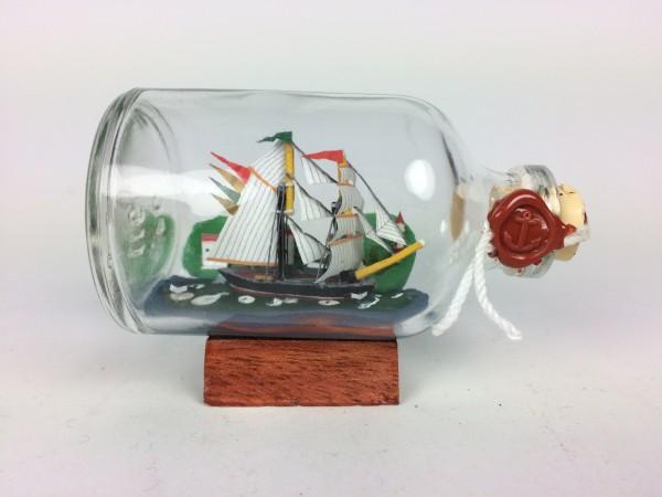 Brigantine mit Landschaft Mini Buddelschiff 50 ml ca. 7,2 x 4,5 cm Flaschenschiff