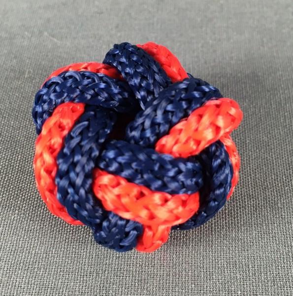 Makrameeknoten dunkelblau / rot für Halstuch