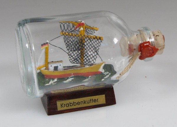 Krabbenkutter Mini Buddelschiff 50 ml ca. 7,2 x 4,5 cm Flaschenschiff