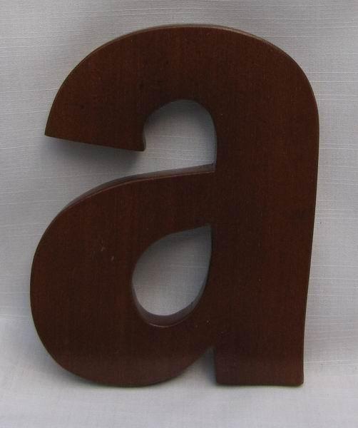 "Hausnummer Buchstabe ""a"" aus lackiertem Natur - Holz, ca. 12 cm"