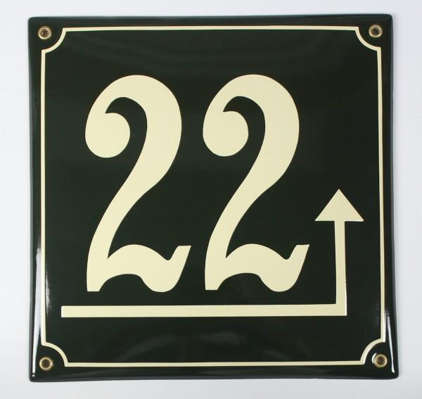 22 Dunkelgrün/Creme Pfeil rechts hoch 25x25 cm sofort lieferbar Schild Emaille Hausnummer