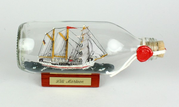 Lili Marleen runde Flasche 0,3 Liter Buddelschiff Museumsqualität