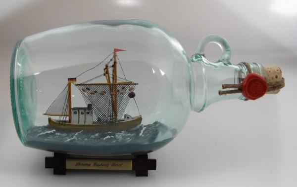 Krabbenkutter 1,5 Liter Buddelschiff Flaschenschiff