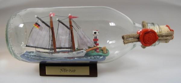 Gloria Schoner mit Landschaft runde Flasche 0,3 Liter Buddelschiff Flaschenschiff