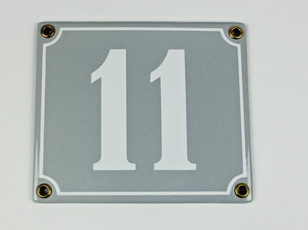 11 hellgrau / weiß Clarendon 14x12 cm sofort lieferbar Schild Emaille Hausnummer