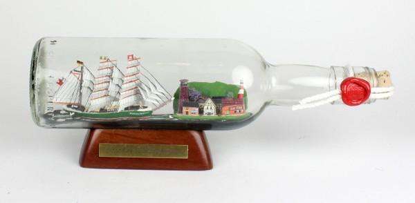 Rickmer Rickmers 500 ml runde Flasche Buddelschiff mit Landschaft