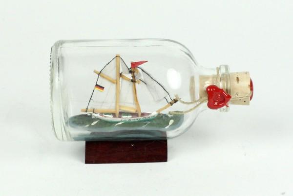 La belle poule Mini Buddelschiff 50 ml ca. 7,2 x 4,5 cm Flaschenschiff