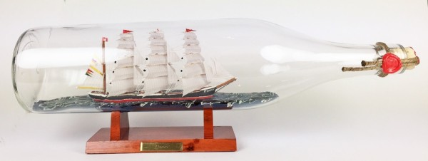 Pamir 3 Liter runde Asbach - Flasche Buddelschiff Flaschenschiff