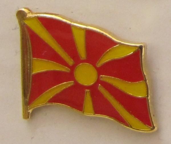 Pin Anstecker Flagge Fahne Mazedonien Staatsflagge