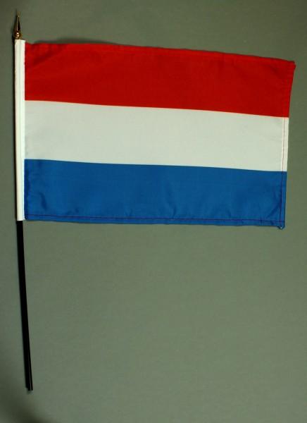 Tischflagge Luxemburg 20x30 cm optional mit Tischflaggenständer aus Mahagoni Holz