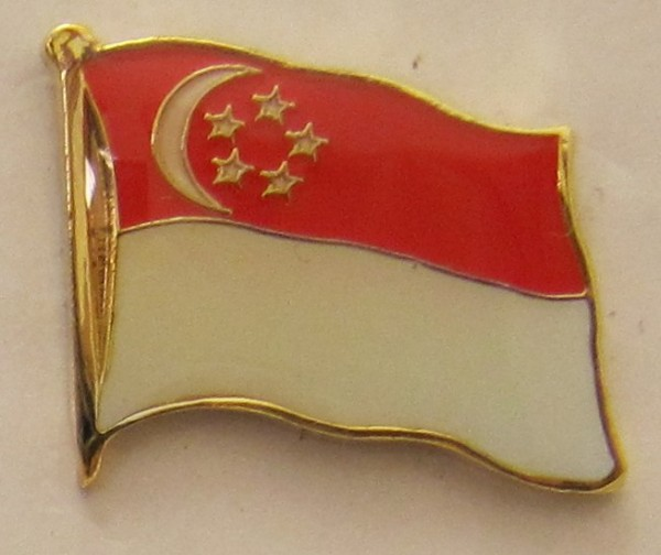 Singapur Pin Anstecker Flagge Fahne Nationalflagge