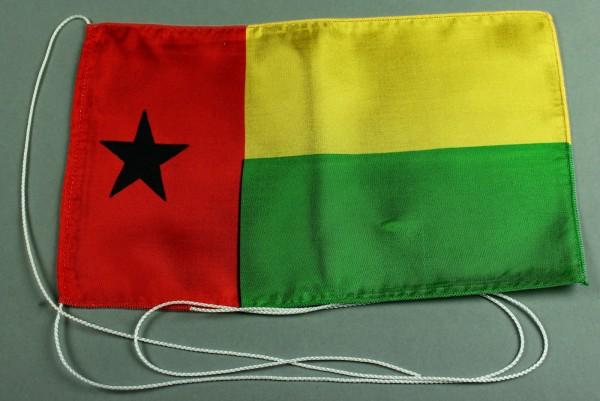 Tischflagge Guinea Bissau 25x15 cm optional mit Holz- oder Chromständer Tischfahne Tischfähnchen