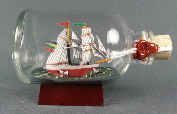 Brigantine DARLING Mini Buddelschiff 50 ml ca. 7,2 x 4,5 cm Flaschenschiff