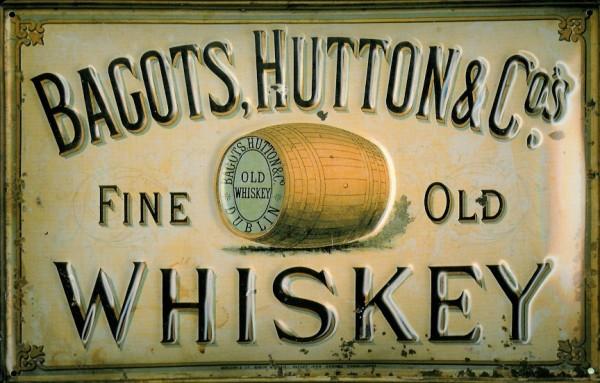 Blechschild Bagots Hutton Whiskey Schild Werbe Nostalgieschild