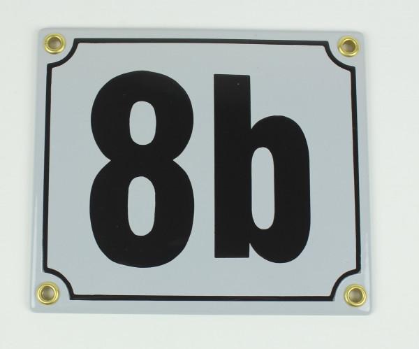 8b hellgrau / schwarz Blockschrift 14x12 cm sofort lieferbar Schild Emaille Hausnummer