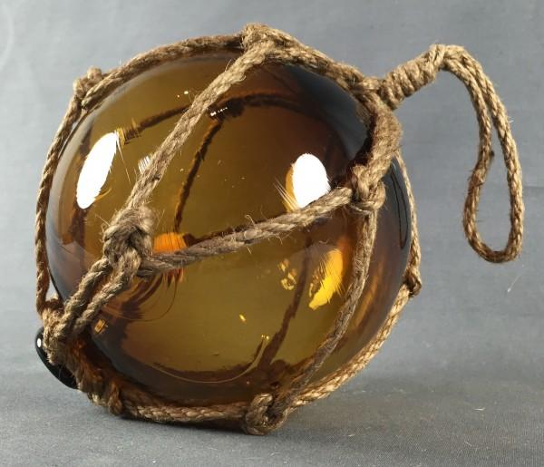 Deko Fischerkugel aus Glas braun amber 12,5 cm Tauwerk Netz